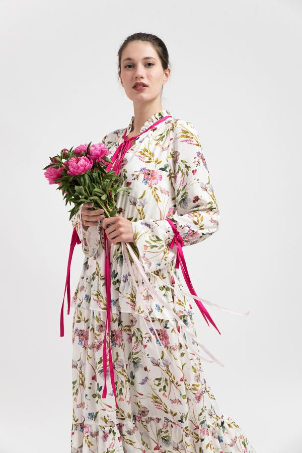 Rochie bumbac model floral, rochie alba model floral, rochie midi lung, rochie print floral, rochie vara, rochie vacanta, instagram