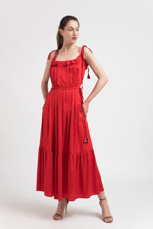 Rochie roșie pliseuri